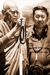 Sayadaw_with_Dr_Aung.jpeg